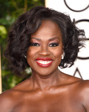Viola Davis looked sassy with her high-volume curls at the Golden Globes.