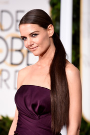 Katie Holmes rocked an ultra-long ponytail at the Golden Globes.
