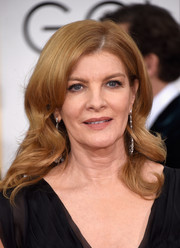Rene Russo left her hair loose with big waves when she attended the Golden Globes.