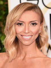 Giuliana Rancic was fabulously coiffed with this asymmetrical wavy 'do at the Golden Globes.