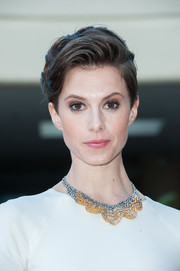 Elettra Wiedemann sported an edgy-chic short 'do at the Golden Globe Awards preview day.