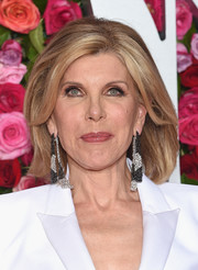 Christine Baranski attended the 2018 Tony Awards wearing her hair in a mid-length bob.