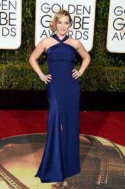 Kate Winslet kept it understated yet elegant in a dual-textured blue halter gown by Ralph Lauren at the Golden Globes.