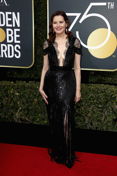 Geena Davis in Monique Lhuillier