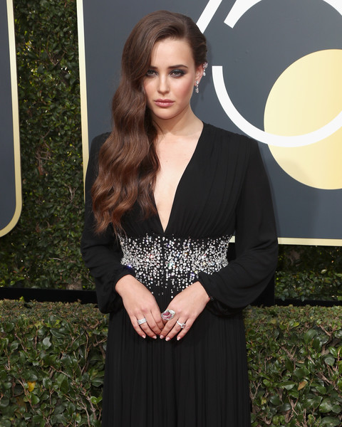 More Pics of Katherine Langford Hair Pin (11 of 13) - Katherine Langford Lookbook - StyleBistro