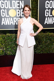 Julianne Moore looked perfectly polished in a layered white halter gown by Givenchy Couture at the 2019 Golden Globes.