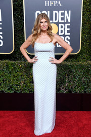 Connie Britton donned a strapless blue column dress with lattice beading for the 2019 Golden Globes.