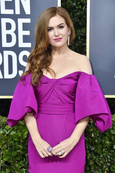 More Pics of Isla Fisher Off-the-Shoulder Dress (1 of 14) - Isla Fisher Lookbook - StyleBistro