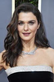 Rachel Weisz looked absolutely gorgeous with her voluminous waves at the 2020 Golden Globes.