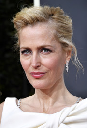 Gillian Anderson styled her hair into a messy updo for the 2020 Golden Globes.