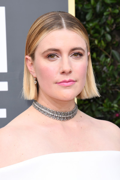 Greta Gerwig kept it super simple with this short straight cut at the 2020 Golden Globes.