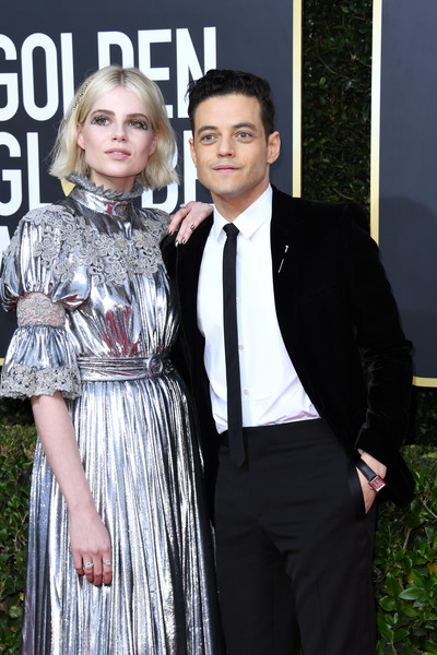 Lucy Boynton wore a pair of Harry Winston diamond rings at the 2020 Golden Globes.