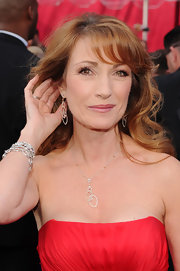 Jane wore diamond encrusted dangle earrings to the 2010 Oscars.