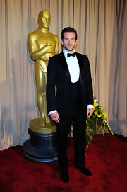 Bradley Cooper posed in his classic black tuxedo.