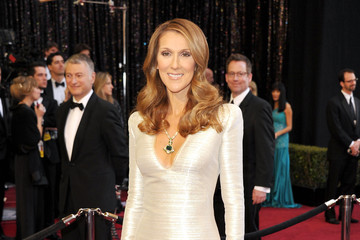 Celine Dion Oscars Dress Ranks #16 on Best Dressed List