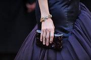 Marisa wore a decadent multi-hued diamond bracelet to the 2011 Oscar Awards.