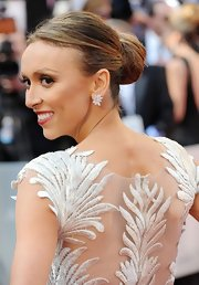 Giuliana Rancic attended the 2012 Academy Awards wearing her hair in a chic classic bun.