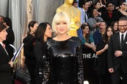 Actress Anna Faris arrives at the 84th Annual Academy Awards held at the Hollywood & Highland Center on February 26, 2012 in Hollywood, California.