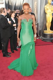 Viola Davis made us green with envy in her emerald gown.