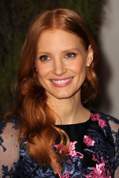 More Pics of Jessica Chastain Pink Lipstick (1 of 15) - Jessica Chastain Lookbook - StyleBistro