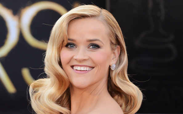More Pics of Reese Witherspoon Long Curls (1 of 91) - Reese Witherspoon Lookbook - StyleBistro