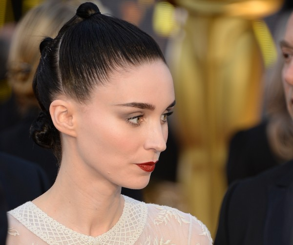 Rooney Mara pulled her hair back into a tight, knotted updo for the Oscars.