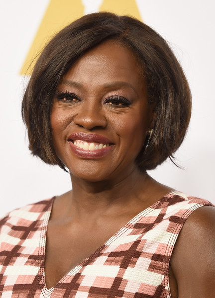 Viola Davis framed her face with a classic bob for the Academy Awards nominees luncheon.