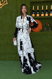 Nicole Scherzinger looked effortlessly chic in a flowing black-and-white shirtdress by Mario Dice at the Veuve Clicquot Polo Classic.