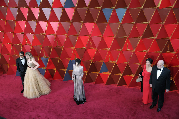 More Pics of Sally Hawkins Messy Updo (1 of 19) - Sally Hawkins Lookbook - StyleBistro [red,carpet,stage,red carpet,flooring,event,art,arrivals,kumail nanjiani,thomas lee wright,sally hawkins,emily v. gordon,academy awards,hollywood highland center,california,90th annual academy awards]