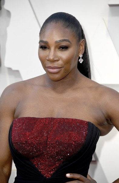 More Pics of Serena Williams Strapless Dress (1 of 4) - Serena Williams Lookbook - StyleBistro [hair,hairstyle,lip,beauty,shoulder,eyebrow,fashion,black hair,model,long hair,arrivals,serena williams,academy awards,hollywood,highland,california,annual academy awards]