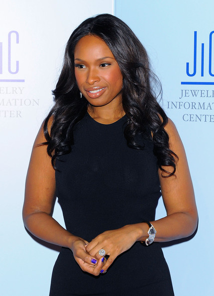 More Pics of Jennifer Hudson Lipgloss (1 of 21) - Jennifer Hudson Lookbook - StyleBistro