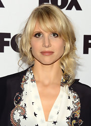 Lucy Punch's loose half-up half-down 'do was a romantic finish to her look during the Salute to Fox Comedy event.