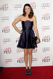 Jacinda Barrett looked adorable in a midnight blue strapless dress at the AFI Fest.