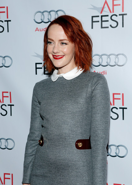 More Pics of Jena Malone Red Lipstick (1 of 7) - Makeup Lookbook - StyleBistro [hair,clothing,hairstyle,fashion,carpet,premiere,outerwear,fashion design,flooring,neck,jena malone,tcl chinese 6 theatres,hollywood,california,audi los angeles times,afi fest,young hollywood roundtable]