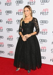 Sarah Jessica Parker looked regal in a black lace fit-and-flare gown by Dolce & Gabbana at the AFI Fest premiere of 'Rules Don't Apply.'