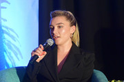 Florence Pugh paired a coral mani with a black outfit for the Indie Contenders Roundtable during AFI FEST 2019.