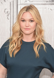 Julia Stiles showed off boho-glam waves at the AOL Build Speaker Series.