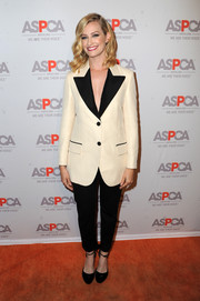 Beth Behrs went for a menswear-inspired look with this black-and-white suit at the ASPCA Los Angeles benefit.