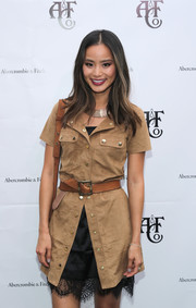 Jamie Chung cinched in her shirtdress with a camel-colored leather belt for the Abercrombie & Fitch Summer Rooftop Party.