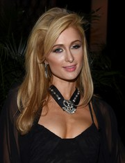 Paris Hilton styled her look with a statement-making diamond necklace.