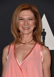 Dawn Hudson attended the Governors Awards wearing her hair in flippy layers.