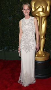 Helen Hunt looked purely elegant in this beaded filigree column dress at the Academy soiree.