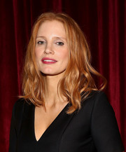 Jessica Chastain wore her hair down to her shoulders in piecey waves during the official Academy screening of 'Miss Sloane.'