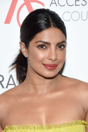 Priyanka Chopra attended the 2016 ACE Awards wearing a youthful ponytail.