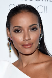 Selita Ebanks didn't need much more than this simple straight 'do to look gorgeous at the 2016 ACE Awards!