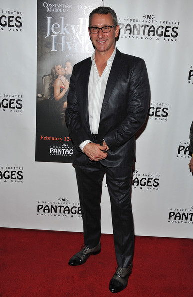 Adam Shankman Men's Suit