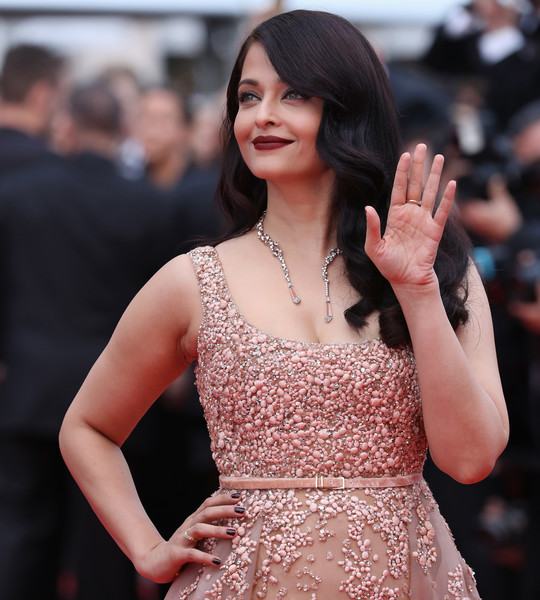 Aishwarya Rai Dark Nail Polish [the bfg,le bon gros geant - le bgg,hair,fashion model,dress,clothing,lady,premiere,beauty,hairstyle,shoulder,fashion,red carpet arrivals - the 69th annual cannes film festival,may 14,aishwarya rai,bfg,palais des festivals,cannes,france,cannes film festival]
