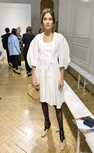 Alexa Chung Straw Tote [show,white,footwear,fashion,fashion model,girl,outerwear,fashion design,haute couture,flooring,shoe,arrivals,j.w.anderson,alexa chung,front row,london,england,london fashion week,collections]