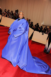 Andre Leon Talley showed off his knack for style at the 2011 Met Gala in a cobalt blue overcoat.