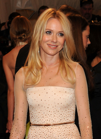 More Pics of Naomi Watts Long Straight Cut (1 of 7) - Naomi Watts Lookbook - StyleBistro